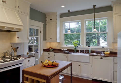 Traditional Kitchen Photos Bungalow Design Pictures Remodel Decor And Ideas Page 17 House
