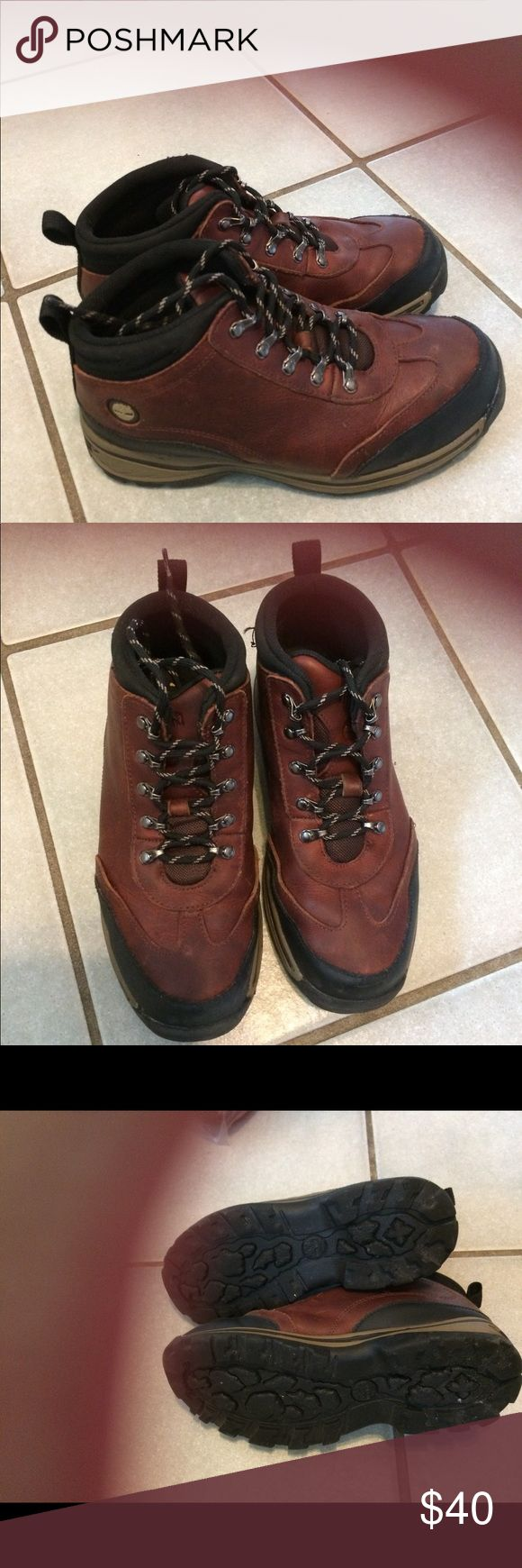 Boys Timberland Boots  size 4.5 Boys Timberland boots size 4 1/2 in excellent pre owned  condition. Timberland Shoes Boots