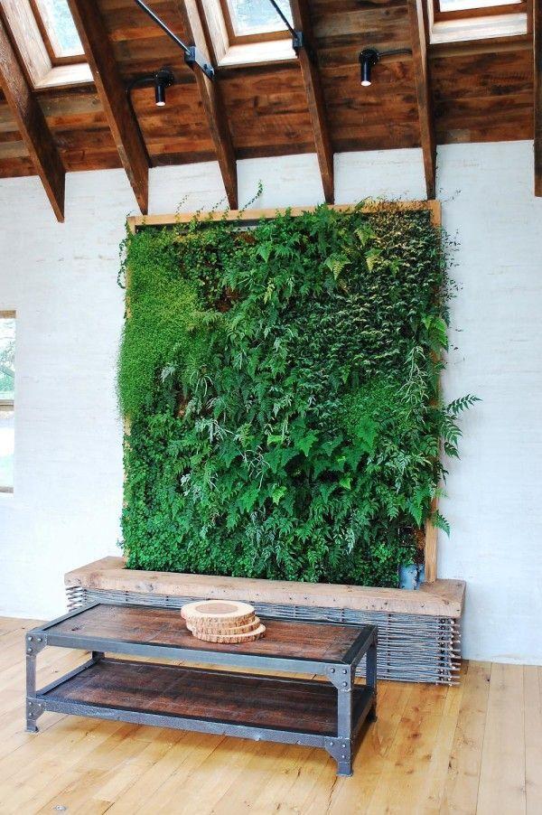 Inspirational Vertical garden.: Living Wall, Indoor Gardens, Green Wall, Gardens Idea, Living Room, Vertical Gardens, Green Plants, Wooden Tables, Wall Gardens