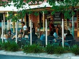 National Hotel  Bendigo  182 - 186 High St  03 5443 0591
