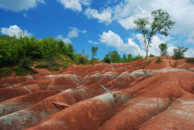 Cheltenham Badlands, Caledon | 14 Natural Wonders You Won't Believe Are In Ontario
