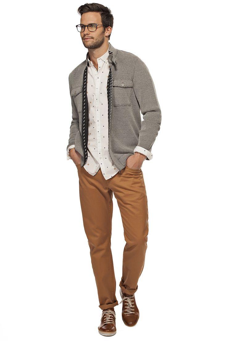 Cardigan 2 poches avec fermeture éclair / Breast pocket zipper cardigan https://www.tristanstyle.com/en/men/looks/5/hv040d0692zbc50/