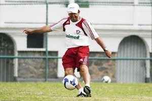 Ex-técnico do Fluminense é demitido no Macaé
