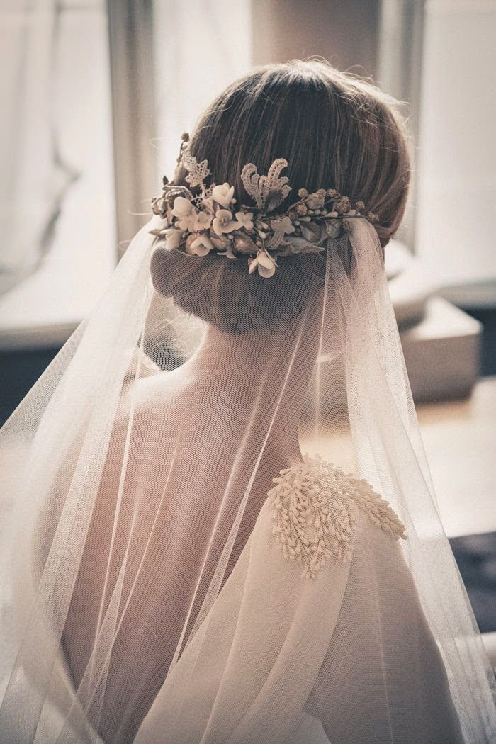 Wonderful 51 Gorgeous Veil For Your Wedding Day