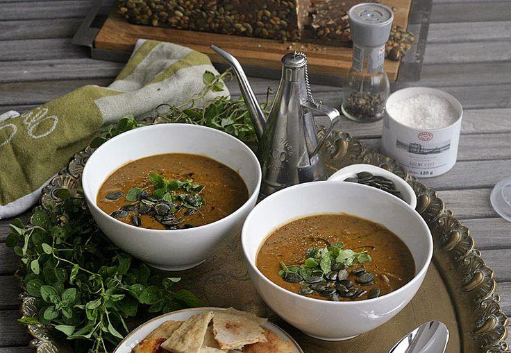 Dýňová polévka s černými fazolemi | Veganotic