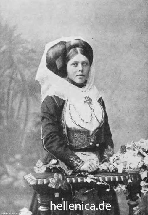 Woman from Corfu around 1900