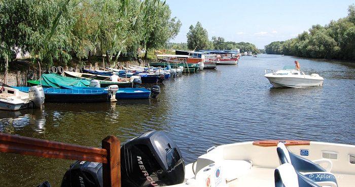 Localitatea Murighiol este punct de atractie pentru cei care-si petrec vacantele in Delta Dunarii. Murighiolul, localitate cu o istorie bogata, care vine din antichitate, cand actuala vatra a satului era port la Marea Neagra, dar si la vechiul Danubiu, beneficiaza de cateva atuuri pe care le au doar putine localitati romanesti. La doi pasi de
