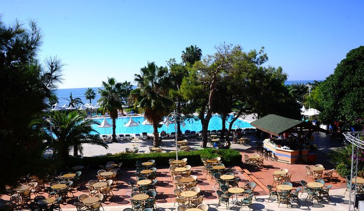 A beautiful, sunny day at Hotel Turquoise.