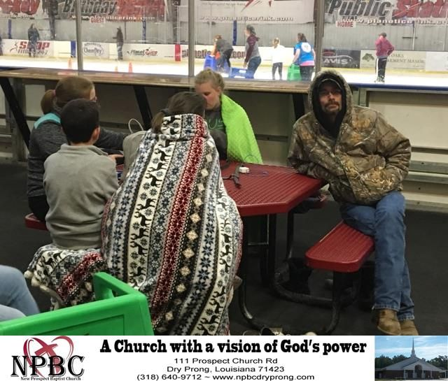 During our dinner break at YEC we brought the kids ice skating. They really enjoyed themselves.  https://deliverymaxx.com/DealerReviews.aspx?DealerCode=L691  #YEC #2017 #day #two #NewProspectBaptistChurch