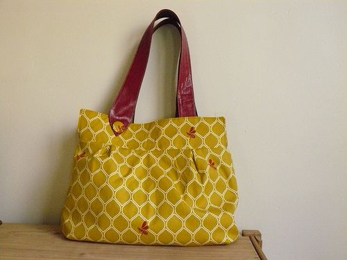 the wasp bag-pattern download and instructions-(This is a large squashy bag that holds everything you need for a busy day. It has a key strap and an internal pocket; and two shoulder straps with a button detail.  I hope you enjoy making and using it.