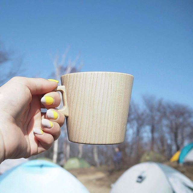 ・ ・ ・ yellow×gray💅 ・ ・ ・ 友達にしたデザインが気に入ったので、 そのまま私にも♡ 今は連日のアウトドアで手が丸焦げ😅  #tokyocameraclub#moodoftheday#coffeetime#coffeelover#japantrip#igers#igersjp#instagramjapan#mountaindew#naturelovers#hiking#naturephotography#カフェ#カフェ部#山飯#東京カメラ部#山登り#登山#セルフネイル#カメラ女子部 #写真好きな人と繋がりたい#写真撮ってる人と繋がりたい#カメラ好きな人と繋がりたい#アウトドア#トレッキング#山ファッション#自然が好き#フレンチネイル#transfer_visions#click_vision