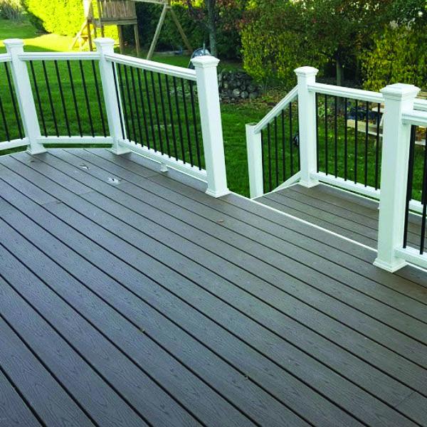 Deck Railing Tips Instances For Your House Homes Tre Deck Railings Deck Design Decks Backyard