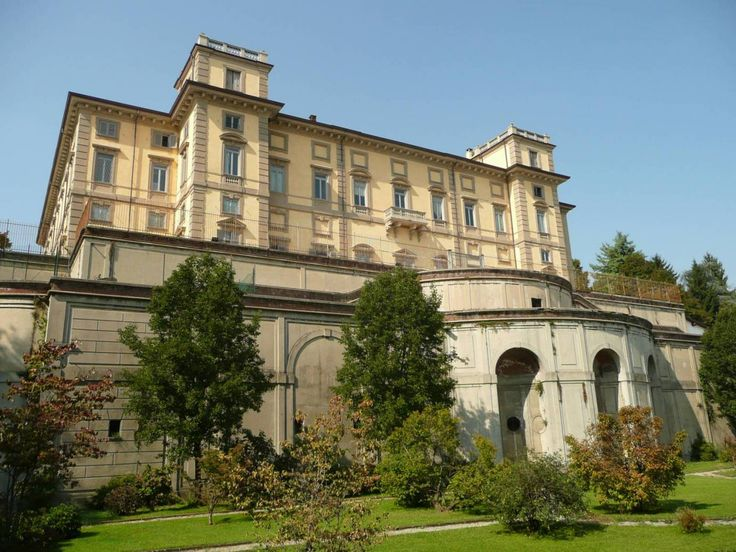 Limbiate, villa Crivelli Pusterla