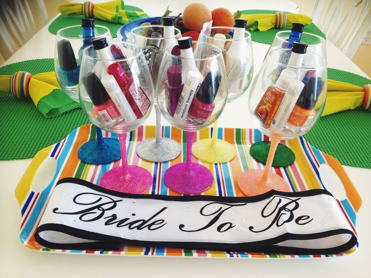 Bachelorette weekend | bachelorette party ideas diy wine glasses