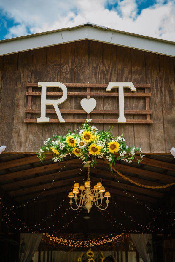 Southern Rustic Barn Wedding