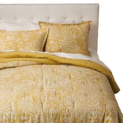 Paisley yellow comforter - For some reason, I love this color of yellow.  I love the different bright colors it could be paired with.
