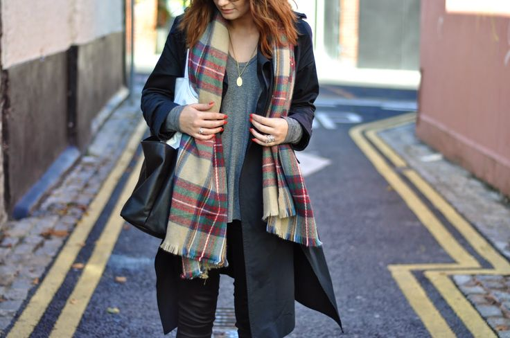 Trench & checked scarf