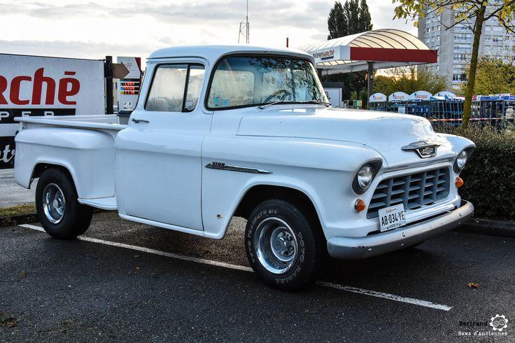 Pick-Up Chevy à la Bourse de l'Aigle. Reportage : http://newsdanciennes.com/2016/10/19/19e-bourse-de-laigle-des-tractions-des-collectionneurs-et-des-tracteurs/
