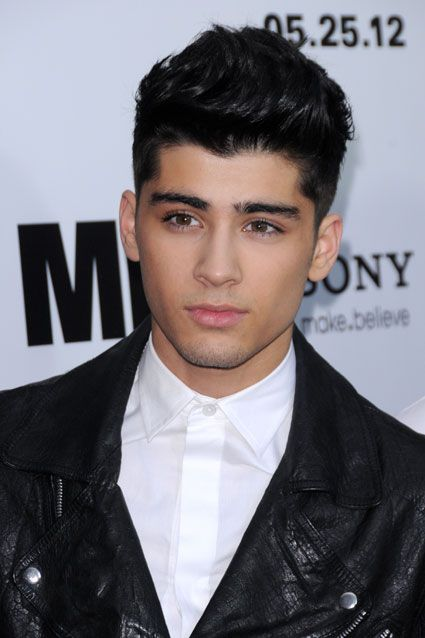zayn malik from one direction in leather jacket at men in black premiere