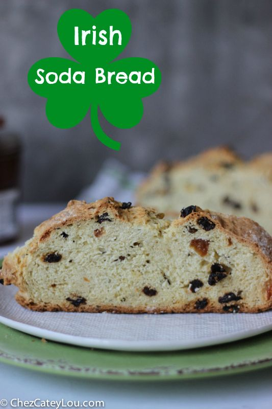 Irish Soda Bread - so quick and easy, perfect for St. Patrick's day! | chezcateylou.com
