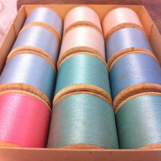 Beautiful vintage thread !
