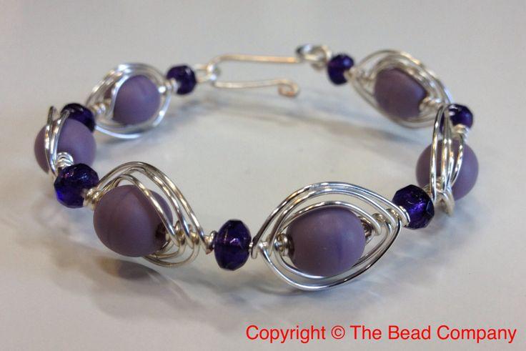 Wire herringbone bracelet  http://www.thebead.co.uk/acatalog/Jewellery_Making_Classes_Glasgow.html