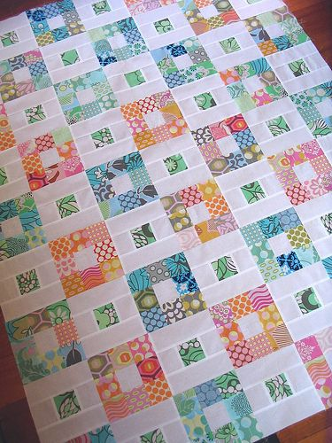 Nine patch ! http://www.redpepperquilts.com/2009/07/nine-patch-quilt-top.html