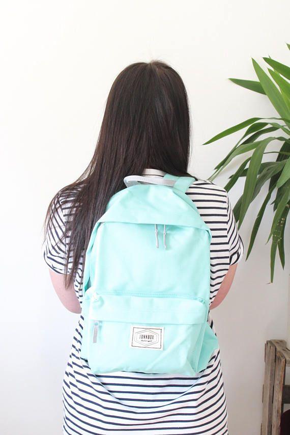 Junkbox Old School UNISEX everyday rucksack in Mint