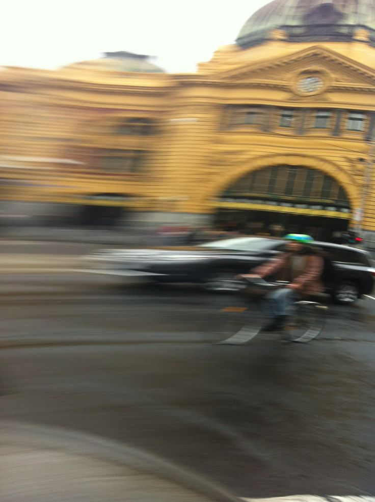 Flinders Street Station - Morphed and Moving