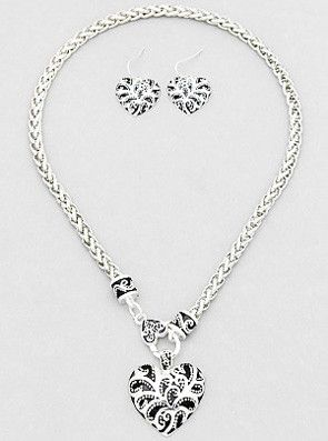 """Heart Key Necklace Set from sheerFAB.com HEART KEY NECKLACE SET  $19.95  Walk in the room in this Antique Silver Heart Necklace and Earring set. A classic and elegant look made to show your style and confidence.   - Color : Antique Silver - Size : 18"""" with 3"""" Extension"""
