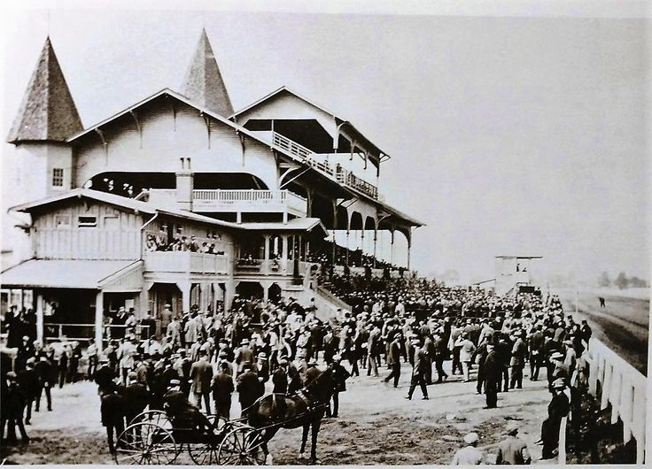 PIMLICO RACE TRACK ; THE YEAR 1900