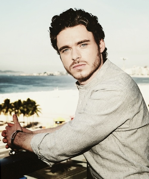 Richard Madden- definitely one of my biggest celeb crushes of all time. Those eyes and that accent. Too perfect.