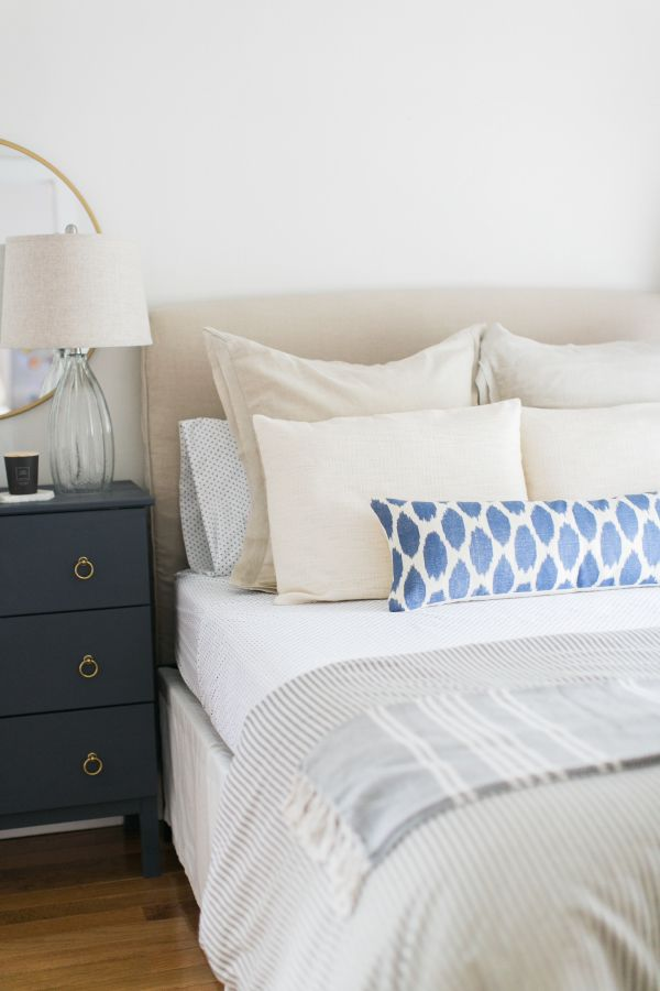 We have teamed up with the masters of sleep at Leesa Mattress that gave us 5 easy upgrades for the ultimate bedroom retreat! http://www.stylemepretty.com/living/2017/05/22/5-easy-upgrades-for-the-ultimate-bedroom-retreat/ Photography: Ruth Eileen - rutheileenphotography.com #sponsored