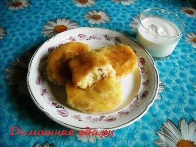 Картофельные зразы с колбасой и сыром