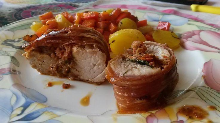 Gefüllte Schweinefilets mit Parmaschinken, ein schmackhaftes Rezept aus der Kategorie Schwein. Bewertungen: 398. Durchschnitt: Ø 4,6.