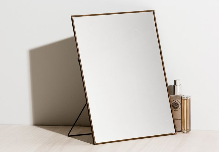 JOINERY - Easel Mirror
