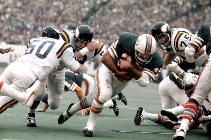 Larry Csonka, Miami Dolphins!!...SUPERBOWL MVP WITH 145 YARDS RUSHING(SETTING SUPERBOWL RECORD) VS VIKINGS !!