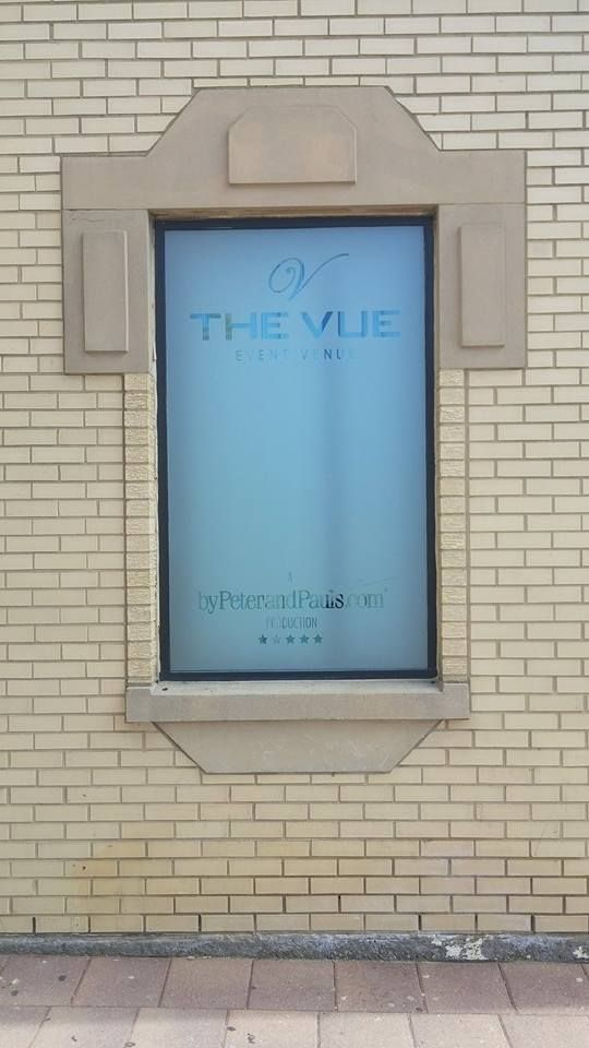 Get that classy frosted glass look with frosted vinyl #windowgraphics! Check out what we just finished up for #TheVue in #Etobicoke  www.thevue.ca www.speedproqew427.com