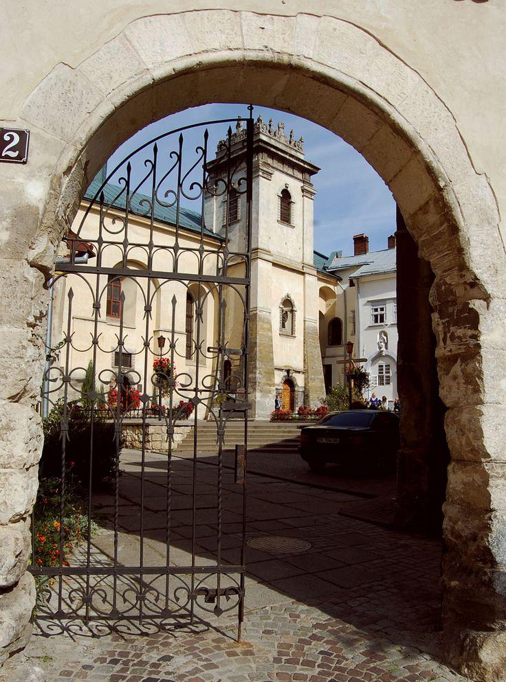 Kościół Wszystkich Świętych, Lwów