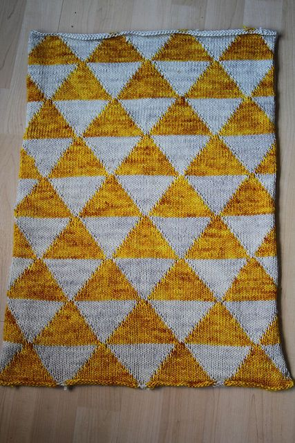 Knitting Patterns For Baby Blankets Pinterest : baby blanket in madelinetosh knitting Pinterest ...