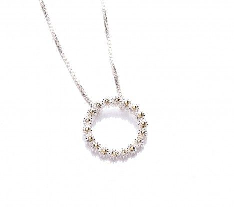 Ladies Daisy jewellery range at Penman Clockcarehttp://www.watchandjewellery.co.uk/ladies-jewellery/daisy-necklace/vintage-daisy-chain-pendant-15mm-necklace.html