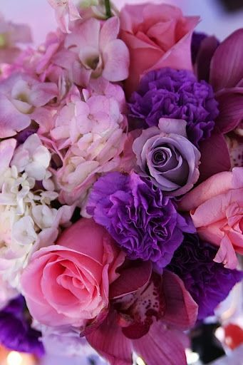 Pink and Purple Bouquet #LiveLoveLingerie #figleaves #LingerieBirthday, Bridal Bouquets, Beautiful Colors, Purple Rose, Purple Flowers, Bridal Shower, Bouquets Ideas, Pink Rose, Purple Bouquets