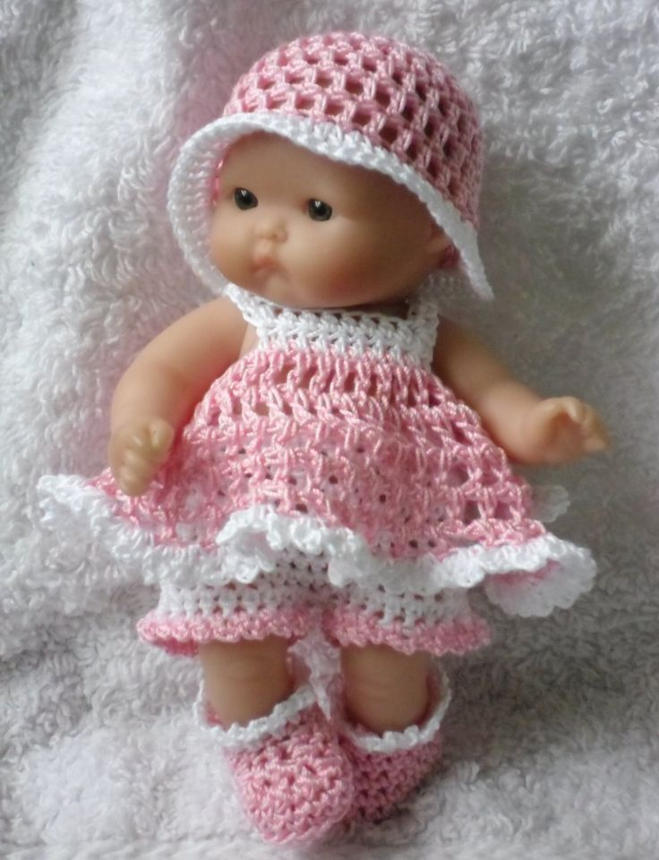 Crochet pattern for Berenguer 5 inch baby doll - dress, shorts, hat and bootie set. via Etsy.