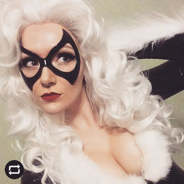 • REPOST from @msraecosplay •Black Cat cosplay by @msraecosplayLeather mask by @lmemasks