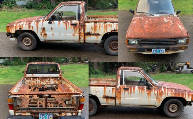 Work Of Rusty Art 1984 Toyota Truck In 2020 Toyota Trucks Trucks Toyota