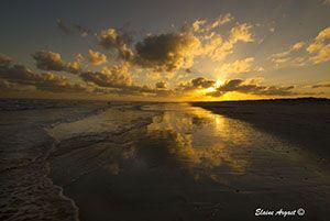 The expanse of 08 mile beach allows a wonderful vista at sunrise. #EvenEasierDigitalPhotography #sunrise #WesternAustralia