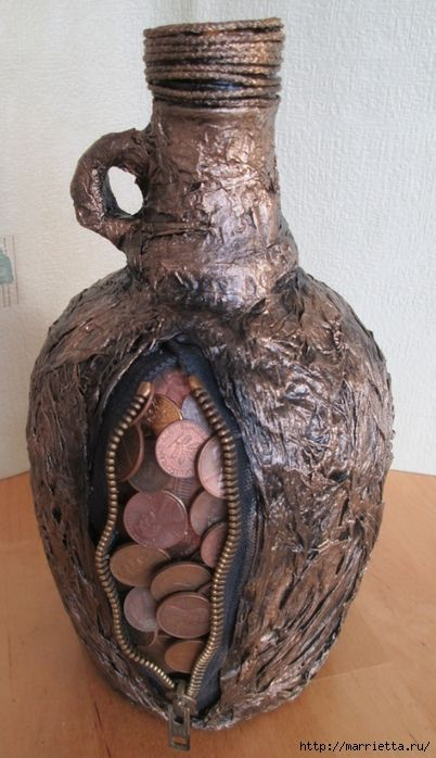 Монетизированная бутылочка для подарка с намеком. Мастер-класс (10) (402x700, 235Kb)