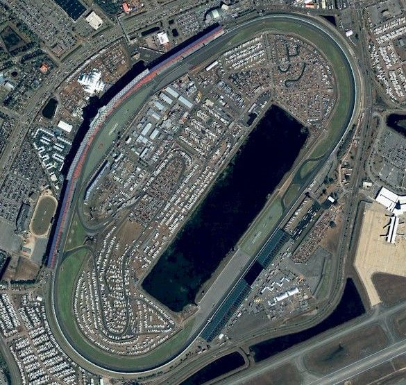 Daytona 500 starting lineup grids from FOX and NASCAR - http://www.pitstoppost.com/daytona-500-starting-lineup-grids-from-fox-and-nascar/