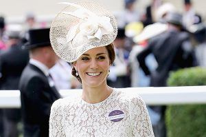 Второй день Royal Ascot 2016: Кейт Миддлтон, Елизавета II и другие члены королевской семьи http://womenbox.net/stars/vtoroj-den-royal-ascot-2016-kejt-middlton-elizaveta-ii-i-drugie-chleny-korolevskoj-semi/ Монархии Второй день Royal Ascot 2016: Кейт Миддлтон, Елизавета II и другие члены королевской семьи Айна Прэстон 2838 15 июня