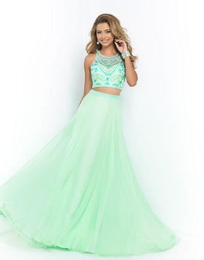 Charlotte's Closet Lets Teens Borrow Designer Dresses for Proms, Sweet 16's, Bat Mitzvahs and more! Rent It. Rock It. Return It!